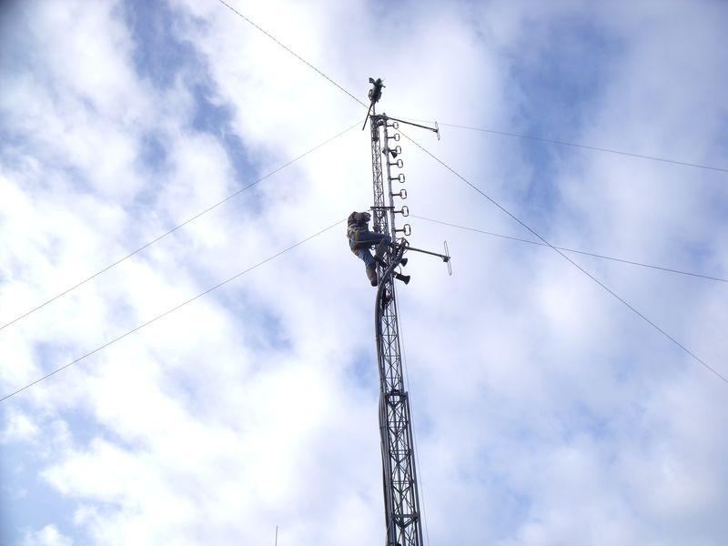 GB3WB Mast Ready To Lower