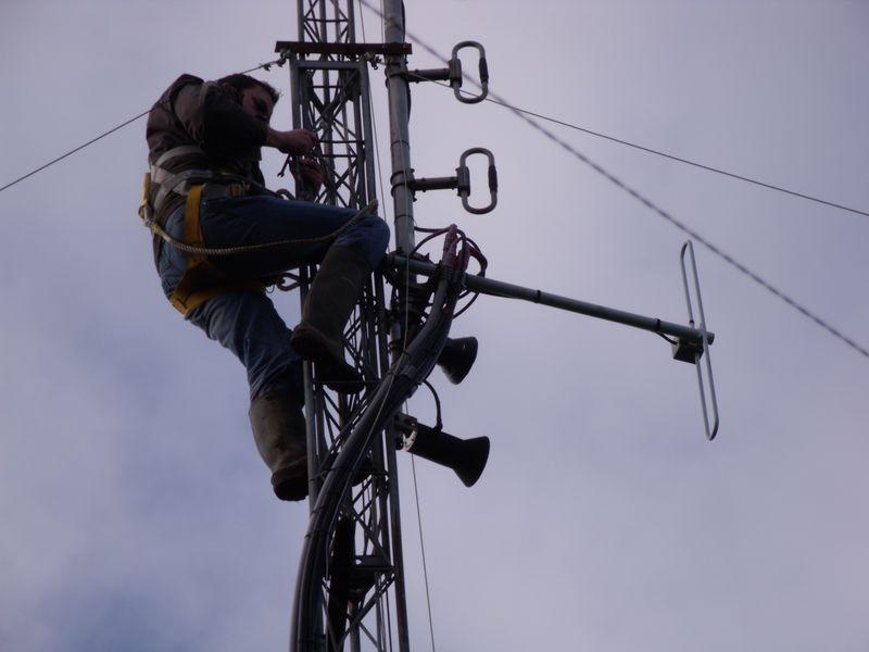 GB3WB Mast Locking Bracket Removal