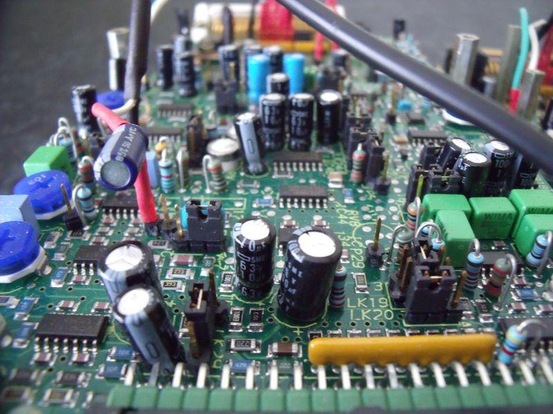 GB3WE FX5000 Audio Control Board Close-Up