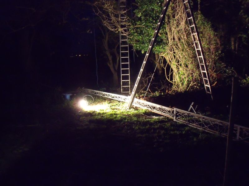 GB3WB Mast finally safely on the ground