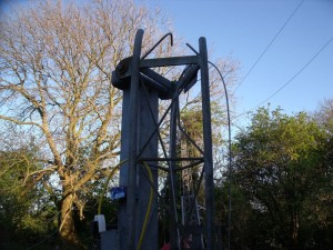 GB3WB Mast cut off above pivot (GB3WB Tower Destroyed In High Winds)